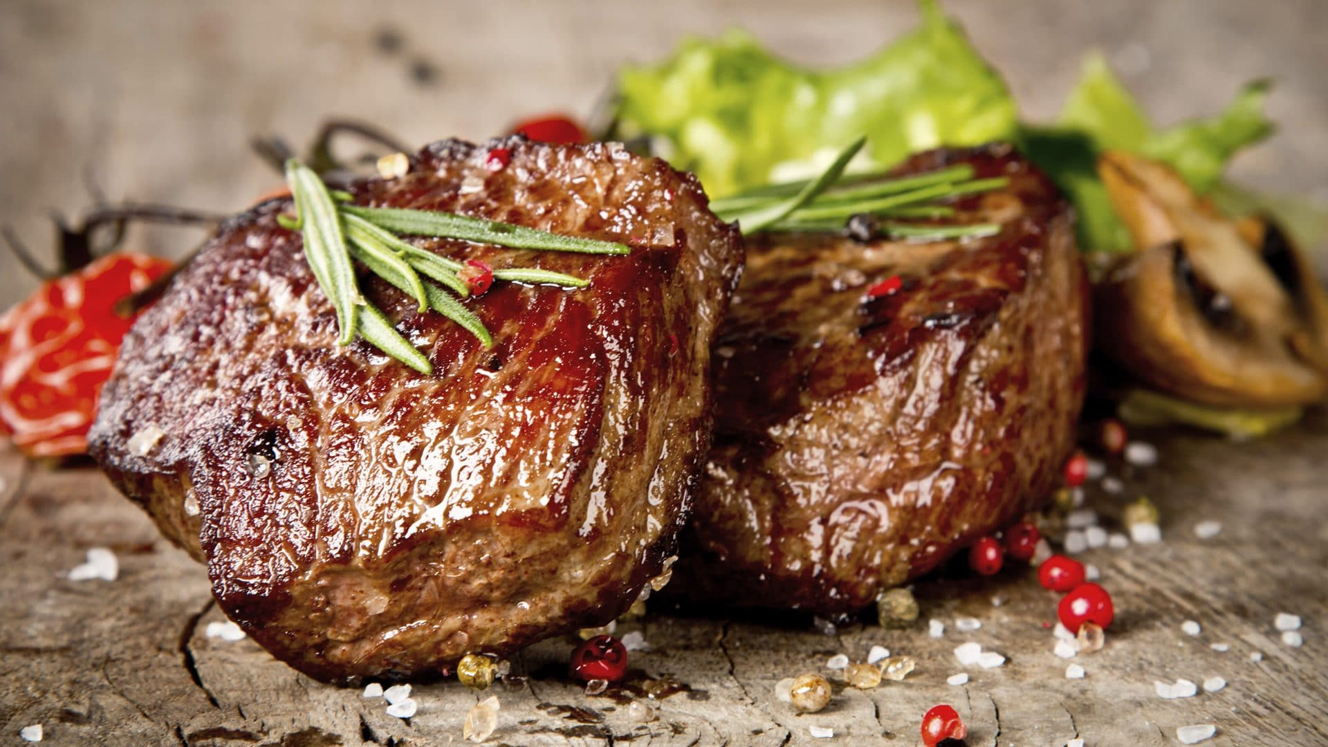 Every Tuesday: 2 Steaks<br />& A Carafe of Wine for £28